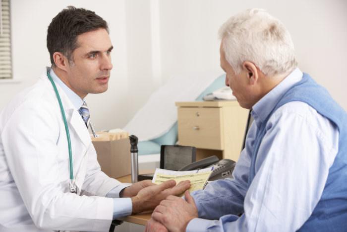 Болить коліно при згинанні і розгинанні лікування