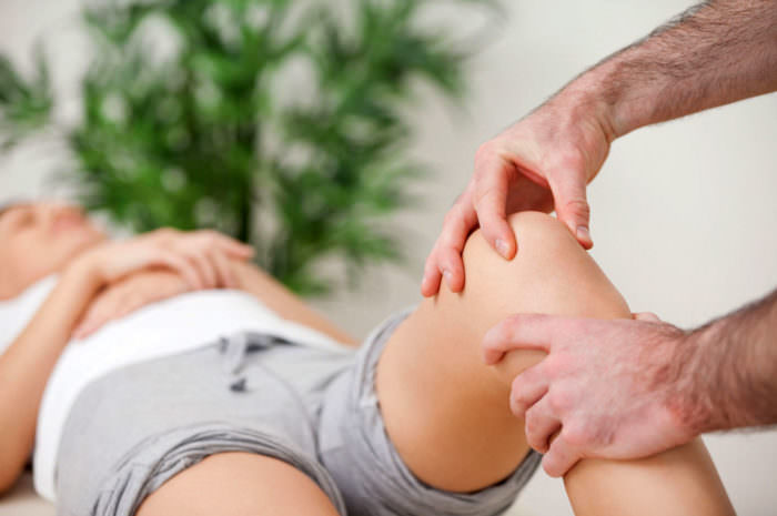 Артроз коленных суставов – комплекс упражнений Джамалдинова