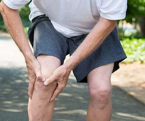 Боль под коленом : причины и лечение