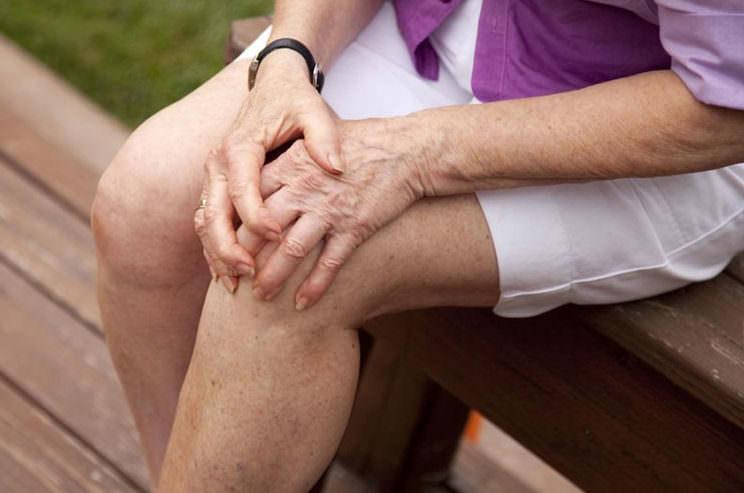 Как лечить бурсит коленного сустава народными средствами