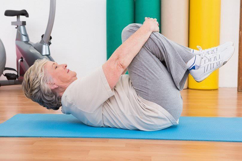 Гимнастика при артрите коленного сустава : упражнения ЛФК