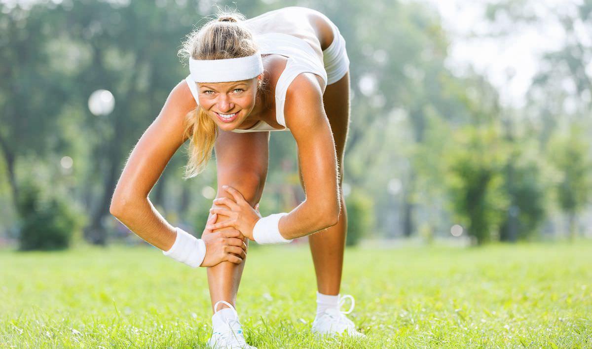 Почему хрустят колени при ходьбе