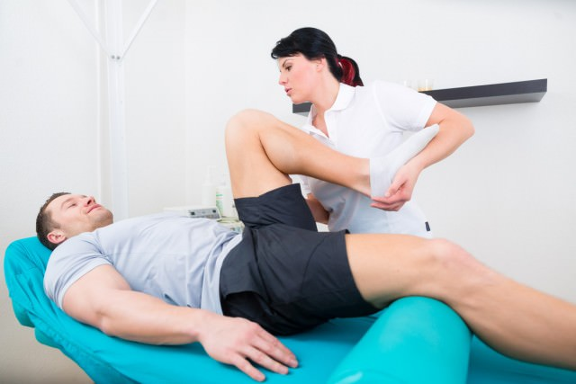 ход операции по эндопротезированию коленного сустава